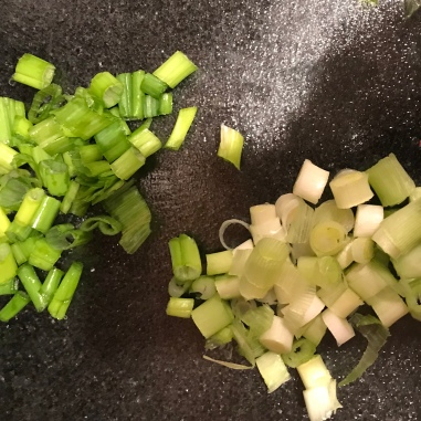 Chopped spring onions/scallions